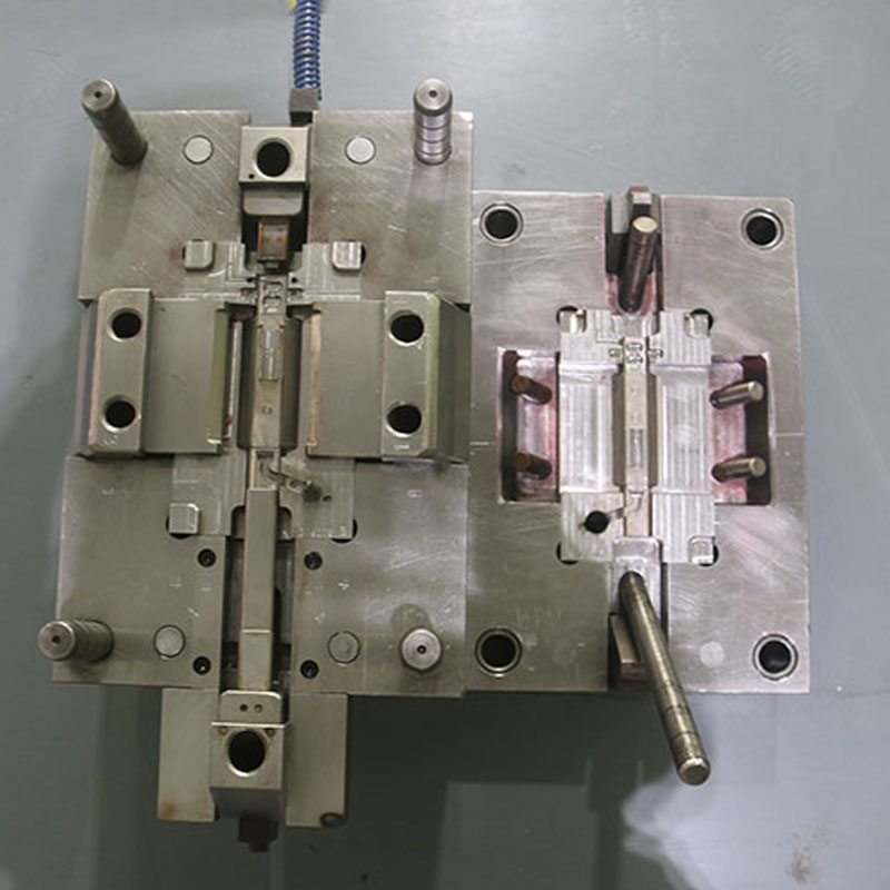 Microphone Body Die-Casting Mold (3)