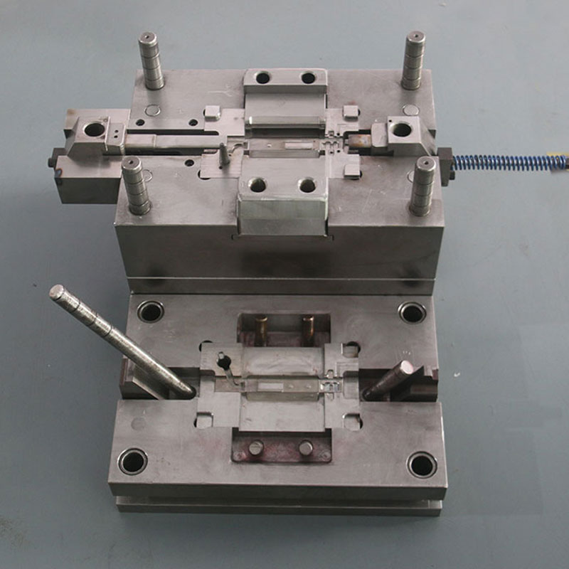 Microphone Body Die-Casting Mold (4)